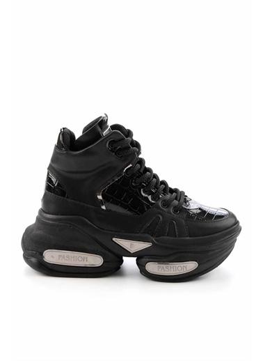 Bambi   Kadın Sneaker K01687506011 Siyah